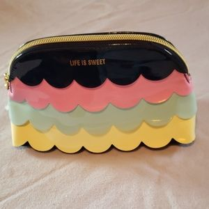 LIFE IS SWEET BATH AND BODY COSMETIC BAG